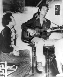 Guthrie with Pete Seeger